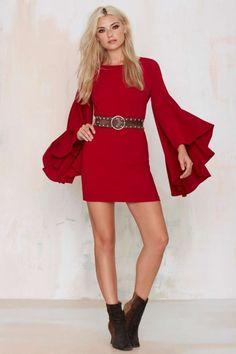 4894bfa75 Este otoño las mangas campana son tendencia. Apuesta por ellas con los  vestidos… Vestidos