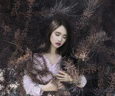 Photo: Beata Polańska Photography Title: Intricacies of the Unusual Soul Model: Lisa Nguyen Photomodel Mua: Dorota Ossowska Make-up Artist Dress: Izabella Sapuła Photography