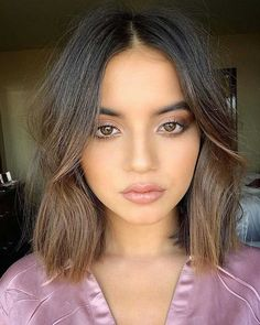 """carousel by Isabela Moner Mexico 🇲🇽 ( with caption : """"She is perfect 😍 - 2006282544358587634 Short Hair Cuts, Short Hair Styles, Isabela Moner, Jenna Ortega, Victoria Justice, Hair Inspo, Hair Goals, New Hair, Makeup Looks"""