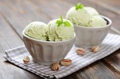 Irish Cream Ice Cream Recipe on Yummly Pistachio Gelato, Pistachio Ice Cream, Ice Cream At Home, Make Ice Cream, Avocado Ice Cream, Making Homemade Ice Cream, Flavor Ice, Ice Cream Treats, Sorbets