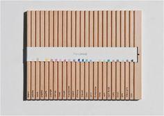 Fonction : Le but de ce packaging est de faire disparaître des boîtes en carton ou autre logement supplémentaire et utilisé les crayons eux-mêmes leur propre emballage. L'illustrateur ou artiste devront briser chacun des crayons à part.   Le concept de design d'emballage était de simplifier le produit et éliminer les déchets. Cet emballage respectueux de l'environnement crée également une expérience interactive pour les utilisateurs avec l'acte de briser les crayons pour les utiliser.