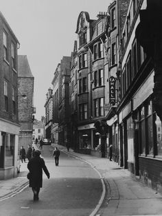 High Bridge Street, Newcastle upon Tyne Old Pictures, Old Photos, Durham City, High Bridge, Somewhere In Time, North East England, Old Street, Historical Architecture, Local History