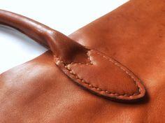 Work in details. #кожевенница #leathergoods #ручнаяработа   #handbag #workinprogress #leatherworks #leather #bag #handmade #handmadebag