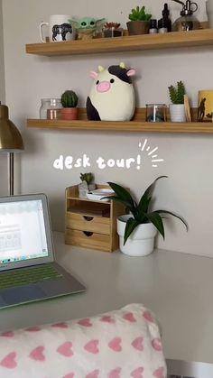 Study Room Design, Study Room Decor, Room Design Bedroom, Room Setup, Cute Bedroom Ideas, Room Ideas Bedroom, Bedroom Decor, Retro Bedrooms, Coffee Room