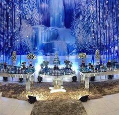 Festa Frozen com painel de gelo