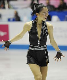 Akiko Suzuki - Black Figure Skating / Ice Skating dress inspiration for Sk8 Gr8 Designs