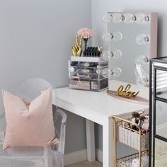 Vanity Ghost-Style Armchair in Clear. Add sophistication to your vanity station with the new Impressions Vanity Cristal Series Vanity Chairs! My Room, Girl Room, Teen Desk, Apartment Needs, Vanity Desk, Vanity Chairs, Cool Mirrors, Dream Decor, Decorating On A Budget