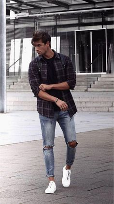 17 Inspiring Spring Street Style Outfits Ideas For Mens - Fashionable 17 Inspiring Spring Street Style Outfits Ideas For Mens - Fashionable Source by annabavaria outfits casual Street Style Outfits, Spring Street Style, Casual Street Style, Man Style Casual, Men's Style, Summer Street, Goth Style, Men Casual Styles, Smart Casual