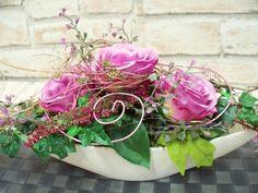 Weiteres - edles Tischgesteck in lila-Weiß,Rosen -Natur - ein Designerstück von die-mit-den-blumen-tanzt bei DaWanda