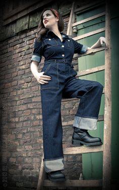 fantastischer Denim Overall von Rumble59 inspiriert durch die Arbeitskleidung der Damen in den guten, alten Zeiten - Rockabilly-Rules.com
