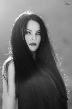 ~ Gothic & The Dark Side of Beauty ~