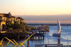 Tampa Bay, Florida. Image by Josue Armando Serrano/ CC by 2.0