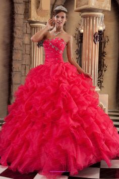 New Style Quinceanera Dresses.Stylish & colorful new quinceanera dresses, new style ball gowns just make your day spectacular for sweetest you. Red Sweet 16 Dresses, Sweet Sixteen Dresses, Pretty Dresses, Beautiful Dresses, Pretty Quinceanera Dresses, Prom Dresses, Dresses 2013, Beach Pattern, Dresser