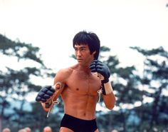 Enter The Dragon - Publicity still of Bruce Lee. The image measures 1059 * 828 pixels and was added on 7 January Jeet Kune Do, Bruce Lee Quotes, Martial Arts Movies, Enter The Dragon, Little Dragon, Ideal Body, Martial Artist, Jackie Chan, The Godfather