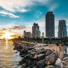 The best sunsets are in Miami  #miamisunset #miamiguide