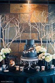 Tarta en azul oscuro y blanco