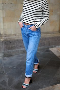 adenorah- Blog mode Paris River island top - Levi's vintage jeans - Opening Ceremony heels - &other stories bag - Céline sunglasses