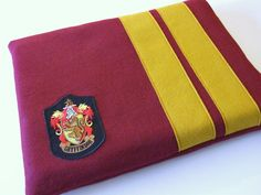 Gryffindor laptop sleeve :-)