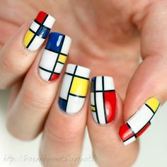 Nail art inspired by Piet Mondrian. - Nailpolis: Museum of Nail Art Piet Mondrian, Mondrian Kunst, Mondrian Dress, Mondrian Art Projects, Famous Artists Paintings, Nail Envy, Fabulous Nails, Elements Of Art, Trendy Nails
