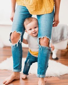 Mom and Baby Fashion Mom And Baby, Baby Boys, Toddler Boys, Baby Boy Fashion, Toddler Fashion, Cute Kids, Cute Babies, Style Baby, Foto Newborn