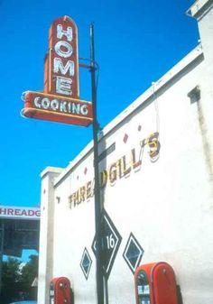 Threadgill's, Austin. Home Cooking!