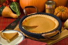 This pumpkin pie recipe is perfect for the holidays! Today's recipe is my absolute favorite recipe for homemade pumpkin pie.Pumpkin pie topped with a huge. Perfect Pumpkin Pie, Best Pumpkin Pie, Healthy Pumpkin Pies, Vegan Pumpkin Pie, Homemade Pumpkin Pie, Homemade Desserts, Pumpkin Puree, Sugar Pumpkin, Canned Pumpkin