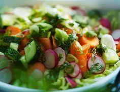 Summer salad/Suvisalaatti