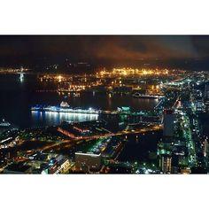 Instagram【peace.pure.non】さんの写真をピンしています。 《2016.10.1 ・ 横浜ランドマークタワー スカイガーデン✨✨ 赤レンガ倉庫  大さん橋 ベイブリッジ🌉 本牧埠頭…が見えます👀 ・ やっぱり綺麗だった…また行きたい😊 ・ #横浜ランドマークタワー#スカイガーデン #夜景#綺麗#大好き#繋がりたい #YOKOHAMA》