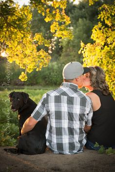 Engagement Pictures w/ the dog! #simplybeephotography