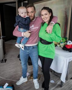 Conor McGregor, shared the snap of him hugging his longtime girlfriend Dee Devlin and their son Conor Jr. Conor Mcgregor Quotes, Conor Mcgregor Style, Conor Mcgregor Girlfriend, Dee Devlin, Coner Mcgregor, Notorious Conor Mcgregor, Modern Aprons, Graphic Design Lessons, Casual Outfits