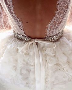 #Lace back details | #Lurelly #bridalcollection