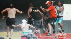 Socios de Barcelona expulsan indefinidamente a la barra Sur Oscura del Monumental #Barcelona #BarcelonaSportingClub