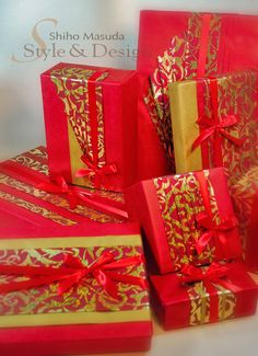 Holiday Gift Wrapping by Shiho the Craft Guru, via Flickr