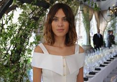 Model Alexa Chunggilt als Modeikone auf jedem Festival