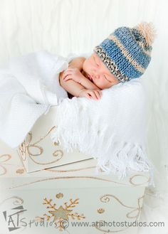 Follow us on FACEBOOK: http://www.facebook.com/atstudiospage  #Newborn #baby-boy Conner's #portrait #session  #Photography by A.T. Studios (Ani Tsatourian, Ani T.)  www.atphotostudios.com  #infant #lips #hands #face #closeup #details #hat #winter #Christmas