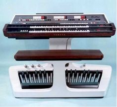 "Yamaha ""Electone"" EX-21 electronic organ"