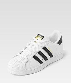 quality design 42254 56bae Adidas Superstar Adidas Superstar Weiß Outfit, Superstars Schuhe, Weiße  Outfits, Weiße Sneaker,