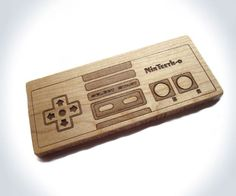 Teething can be tough on your tiny geekling. Hook him or her up with this special wooden teething toy that resembles a Nintendo controller. Geeks, Mobiles For Kids, Nintendo Controller, Teething Toys, Baby Teething, Geek Toys, Geek Baby, Geek Crafts, Baby Safe