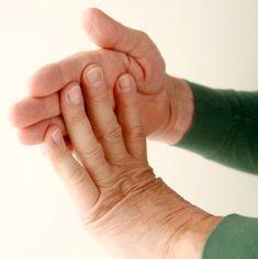 Vida y Salud » Tus manos también necesitan ejercicio: 9 movimientos para combatir la osteoartritis