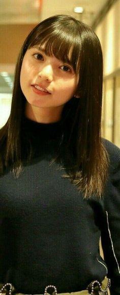 Cute Japanese, Japanese Girl, Girl Photo Poses, Girl Photos, Ulzzang Short Hair, Saito Asuka, Girl Short Hair, Cute Asian Girls, Cute Woman