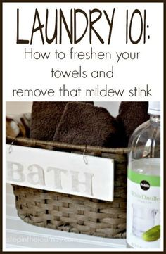 Admit it....your towels stink sometimes! Great post on how to freshen your towels and remove that mildew stink!