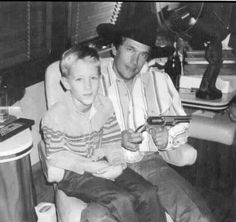 Bubba Strait, son of George Strait; Pro Team Roper, and Songwriter, George Strait Jr. George Strait Jr, George Strait Family, Best Country Singers, Country Musicians, Country Song Lyrics, Country Songs, Music Lyrics, Joyce Taylor, Country Girl Quotes
