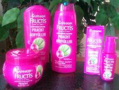 Pracht Auffüller, das Haarpflegeset von Garnier Fructis. Testen dürfen wir vom Prachtauffüller die Produkte kräftigendes Shampoo, kräftigende Spülung, griffige Längen Serum und kräftigende Pflege-C...