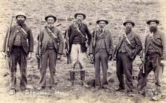 'As tough as they come' Boer Officers from Lydenburg ABW. Military Photos, Military History, Union Of South Africa, War Novels, British Colonial Style, St Helena, Zulu, My Heritage, African History
