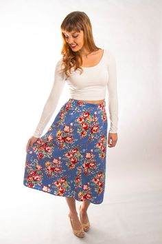 Vintage midi skirt with floral print boho chic by Sweetvintagelady