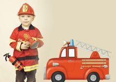 Sticker Playground Camion de pompier 70x49 - Acte deco