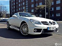 Mercedes Slk Amg, Mercedez Benz, Cool Cars, Dream Cars, Jeep, Bmw, Luxury, Colors, Gallery