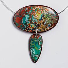 Melanie Muir is an award-winning polymer clay jewellery designer and international teacher. Enamel Jewelry, Resin Jewelry, Jewelry Crafts, Jewelry Art, Jewelry Design, Jewellery, Polymer Clay Pendant, Polymer Clay Art, Polymer Clay Jewelry