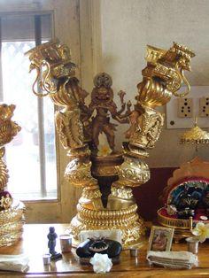 jayalalita:  drx108:  Narasimha Caturdasi - Ki Jay! (fb/source)  AMAZING DEITY.