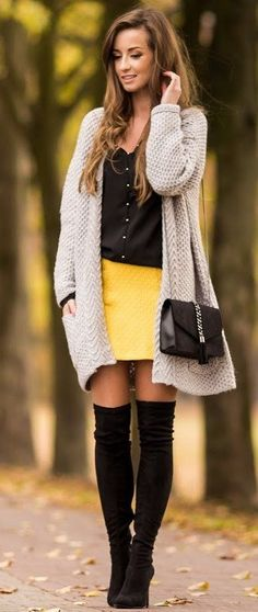 Outstanding 101 Best Winter and Fall Street Style Inspiration https://fancytecture.com/2017/05/07/101-best-winter-fall-street-style-inspiration/ Girls are extremely competitive!' Regardless of whether you're a 6 feet tall girl or you fall in the class of petite ladies, this is essential have clothing for all